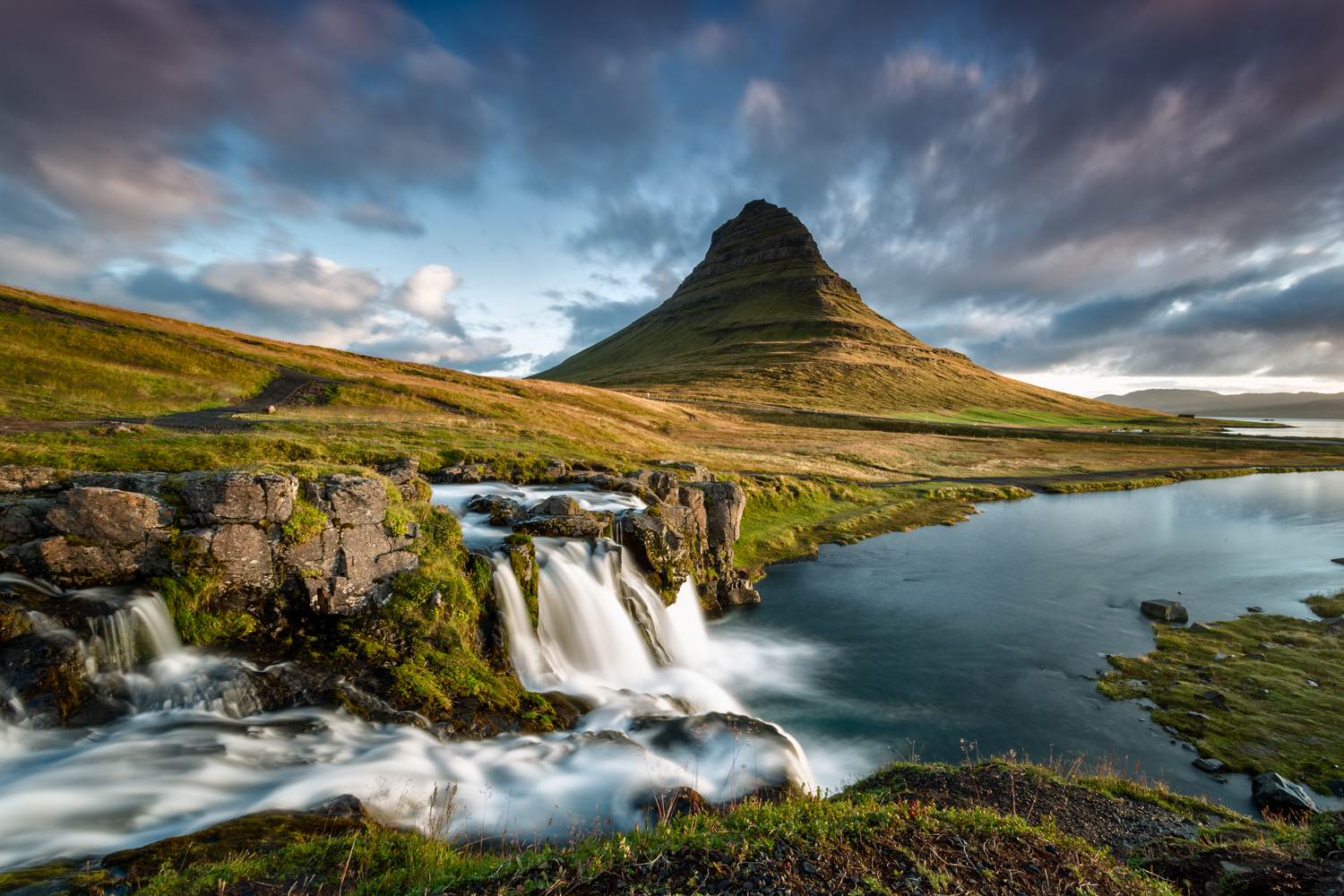 Kirkjufell www.ishoottravels.com your ticket to travel photography. Blog di fotografia di viaggi. © Galli / Trevisan