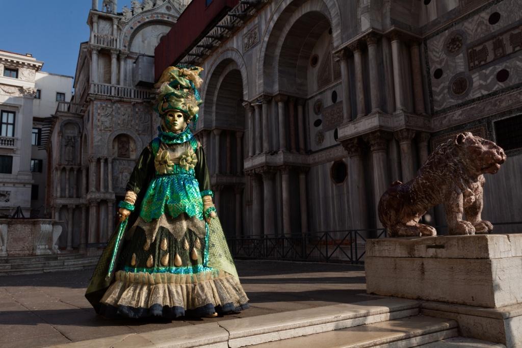 10 consigli per fotografare il carnevale di venezia www.ishoottravels.com your ticket to travel photography. Blog di fotografia di viaggi. © Galli / Trevisan